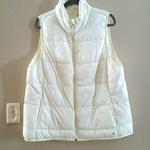 Xersion 1 x cream packable vest